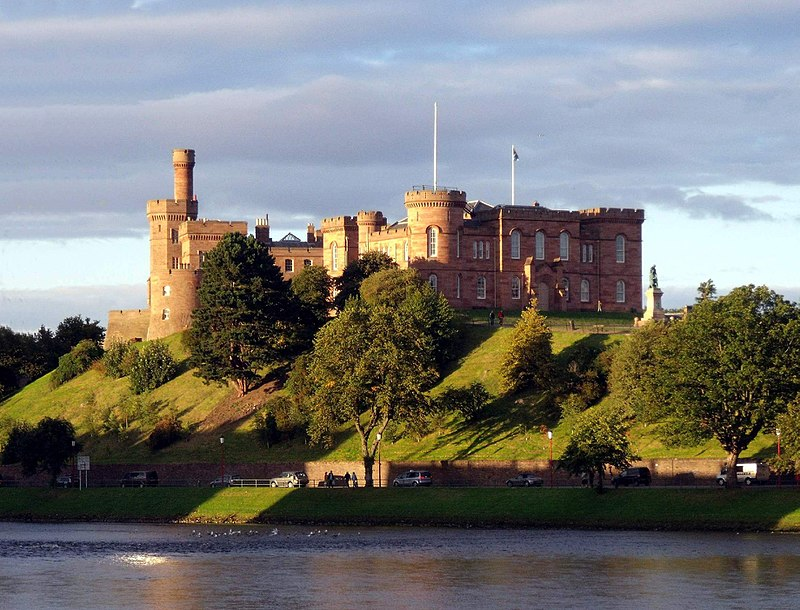 By dave conner from Inverness, Scotland - Inverness Castle and River Ness Inverness Scotland, CC BY 2.0, https://commons.wikimedia.org/w/index.php?curid=11454144